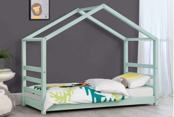 un joli lit cabane pour enfant